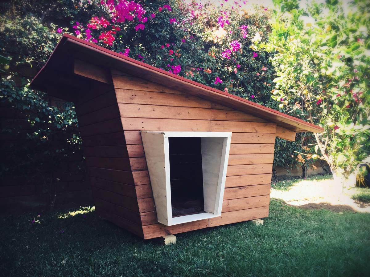 Casa para perro en madera reciclada 4 en Casas para perros de madera