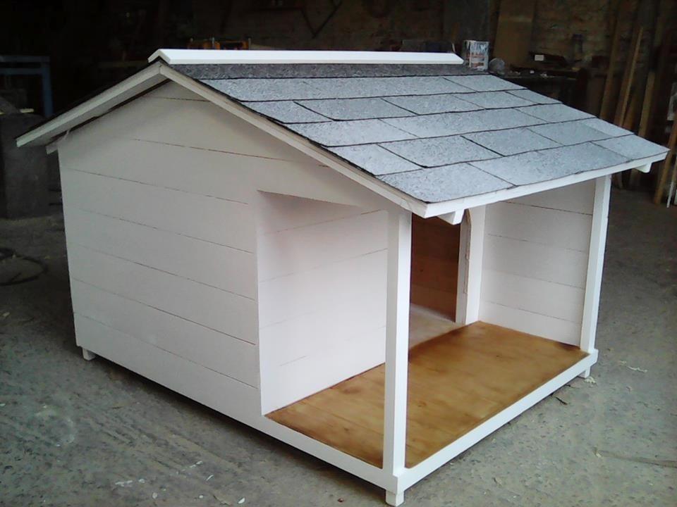 Casa para perro terraza lateral no 6 techo contra lluvia for Casas para perros