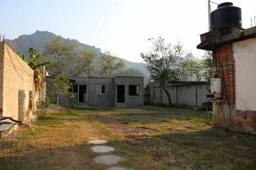 casa para remodelar con vista a la montaña en tepoztlán