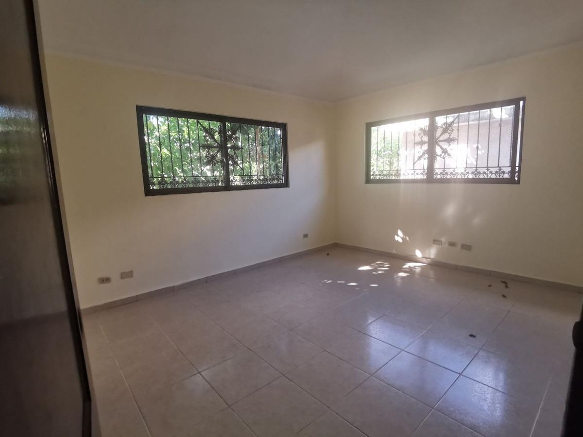 casa para su familia en residencial cerrado próximo a coral
