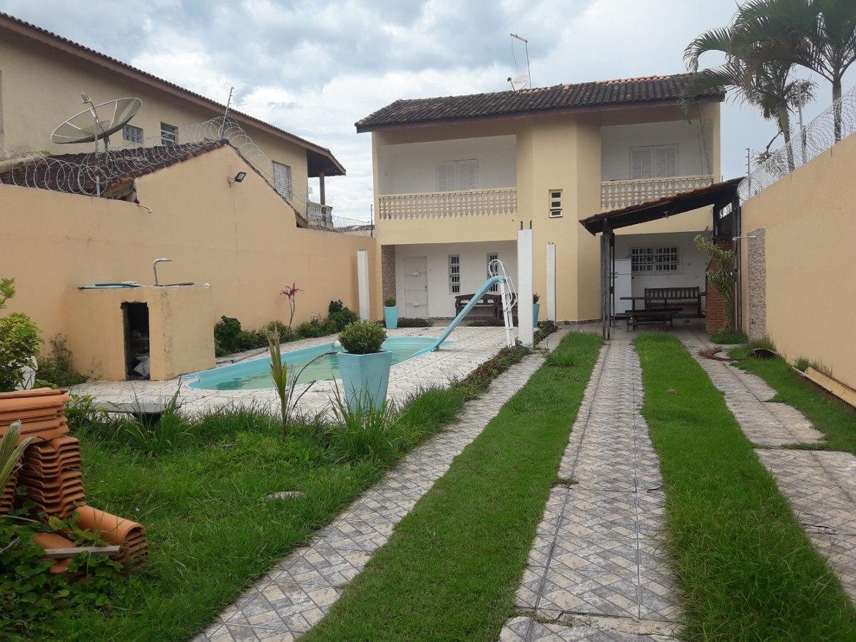 casa para temporada com piscina em itanhaém 100m da praia