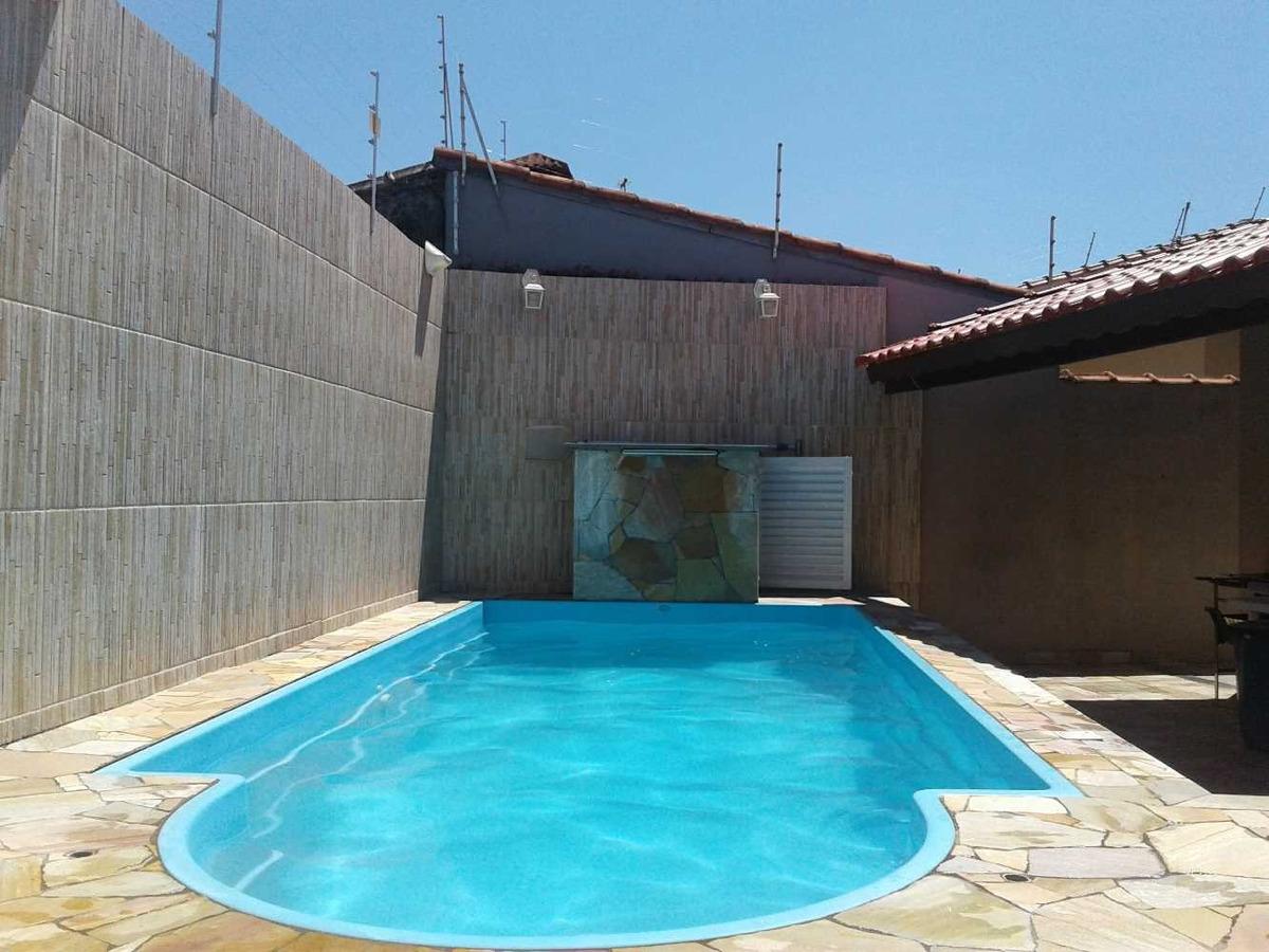 casa para temporada itanhaem com piscina, 200mts da praia