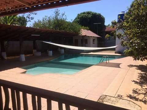 casa para vacacionar amueblada y con piscina grande