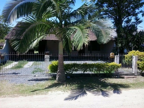 casa para venda a 500 metros do mar - 220r