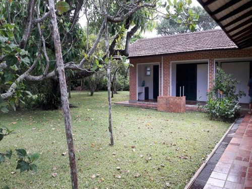 casa para venda com amplo terreno - venha conferir - 1200f
