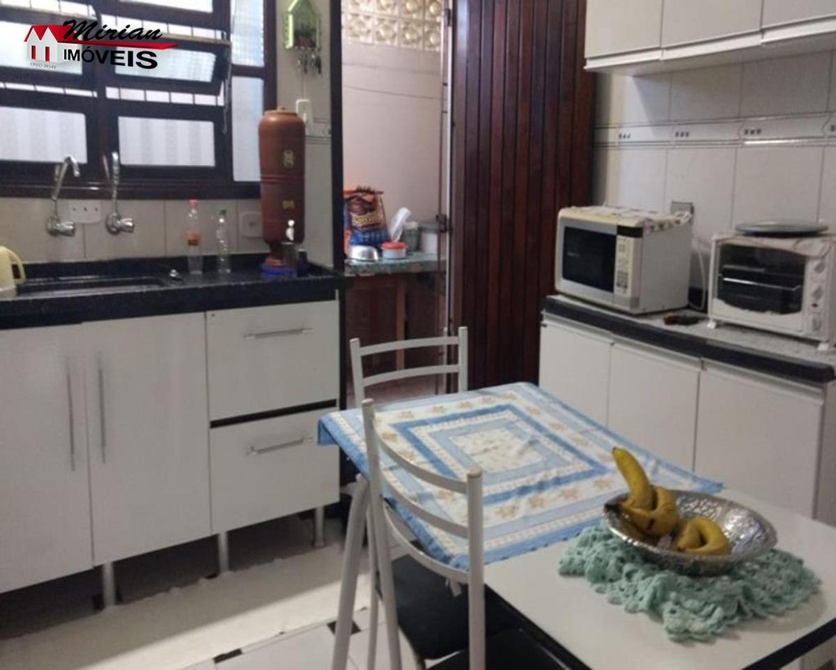 casa para venda no bairro oásis em peruibe com 3 dormitórios sendo 1 suite, sala cozinha, wc social, lavanderia e area de lazer com churrasqueira. age - ca00997 - 32885585