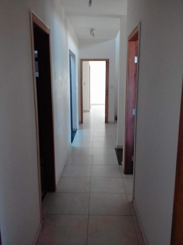 casa para venda no bairro santa rita i em pouso alegre - mg. - cs379v