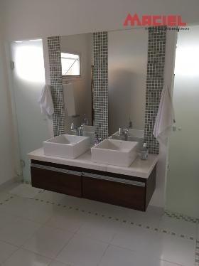 casa para venda suite com closet e sala de banho