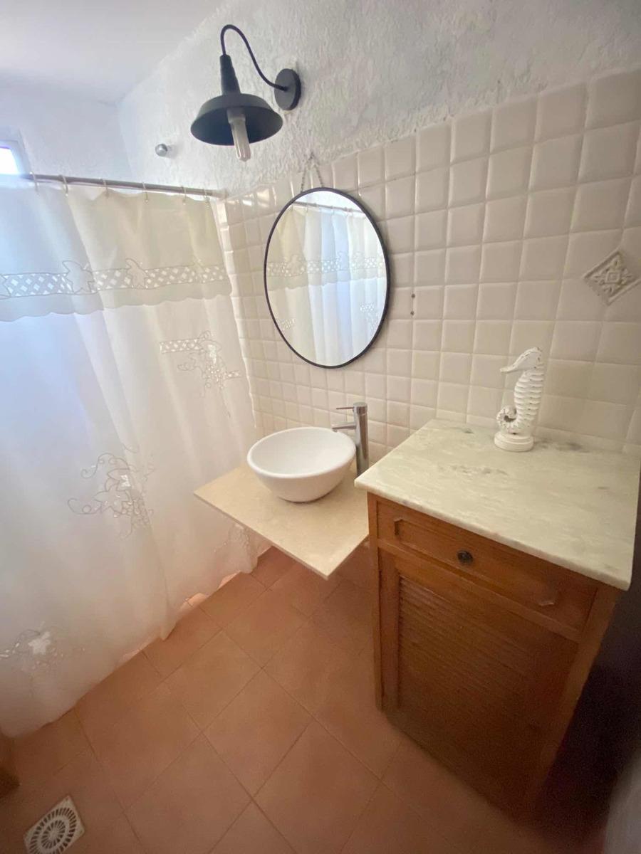 casa pedrera inmejorable ubicación 4 d y 2 baños mamposteria