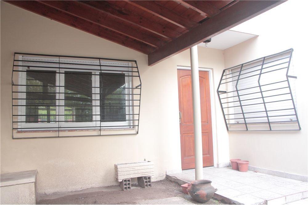 casa ph 3 ambientes garage patio sin expensas