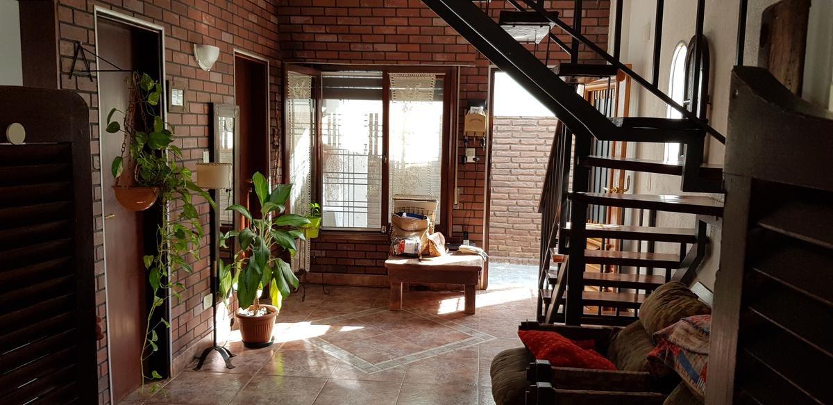 casa ph 5 ambientes- haedo-ramos mejia