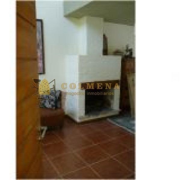 casa ph ubicada cerca del mar, de 2 dormitorios, 2 baños, living comedor, cocina, patio y parrillero. consulte!!!!!!-ref:2267