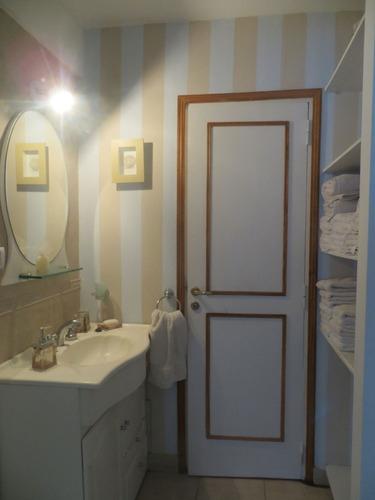casa pinamar/ muy luminoso/ 9 personas /prov ropa blanca.