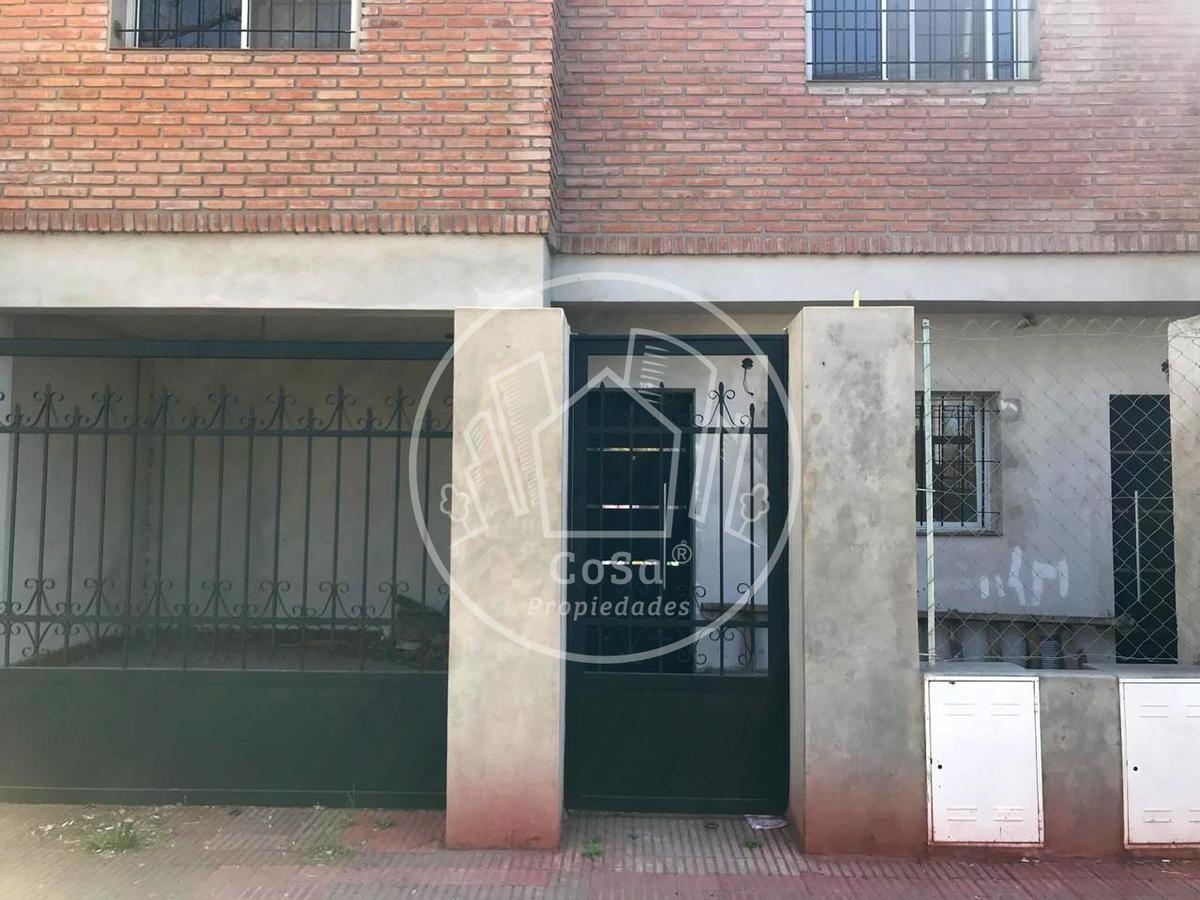 casa planta alta 2 dormitorios fisherton