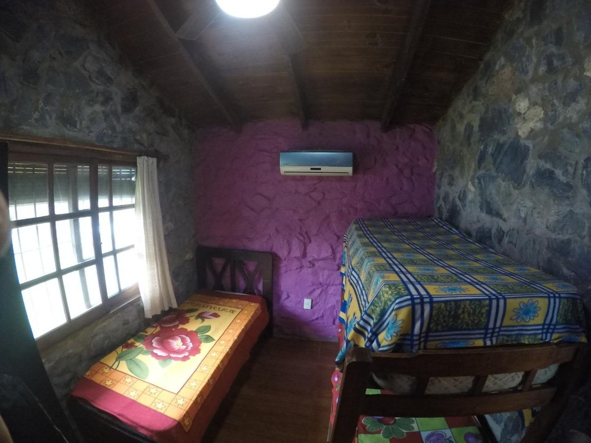 casa  playa hermosa piriapolis con estufa a leña