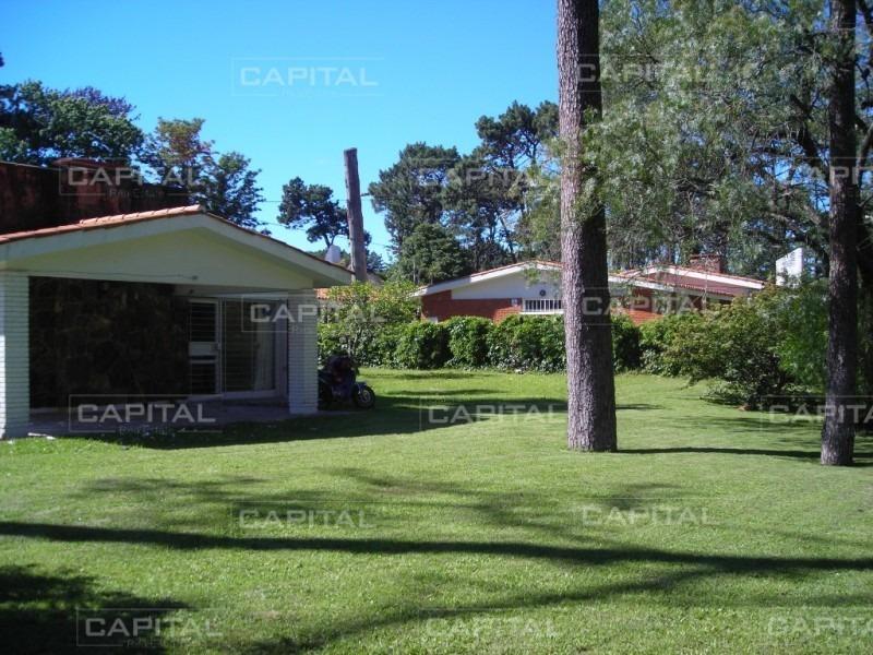 casa playa mansa 3 dormitorios en venta- ref: 27723