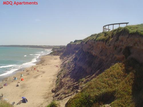 casa playa serena para 6. con cochera/patio/parrilla.