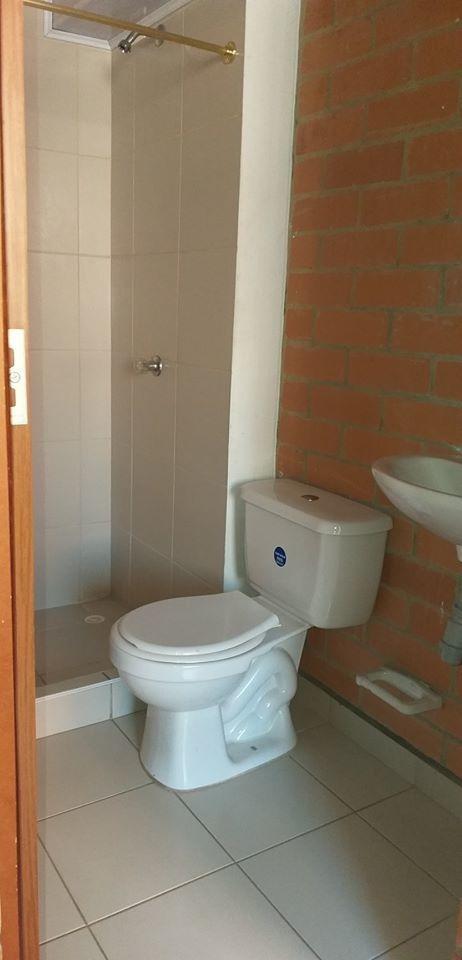 casa plazuela de álamos  2 baños, 4 alcobas 250millones