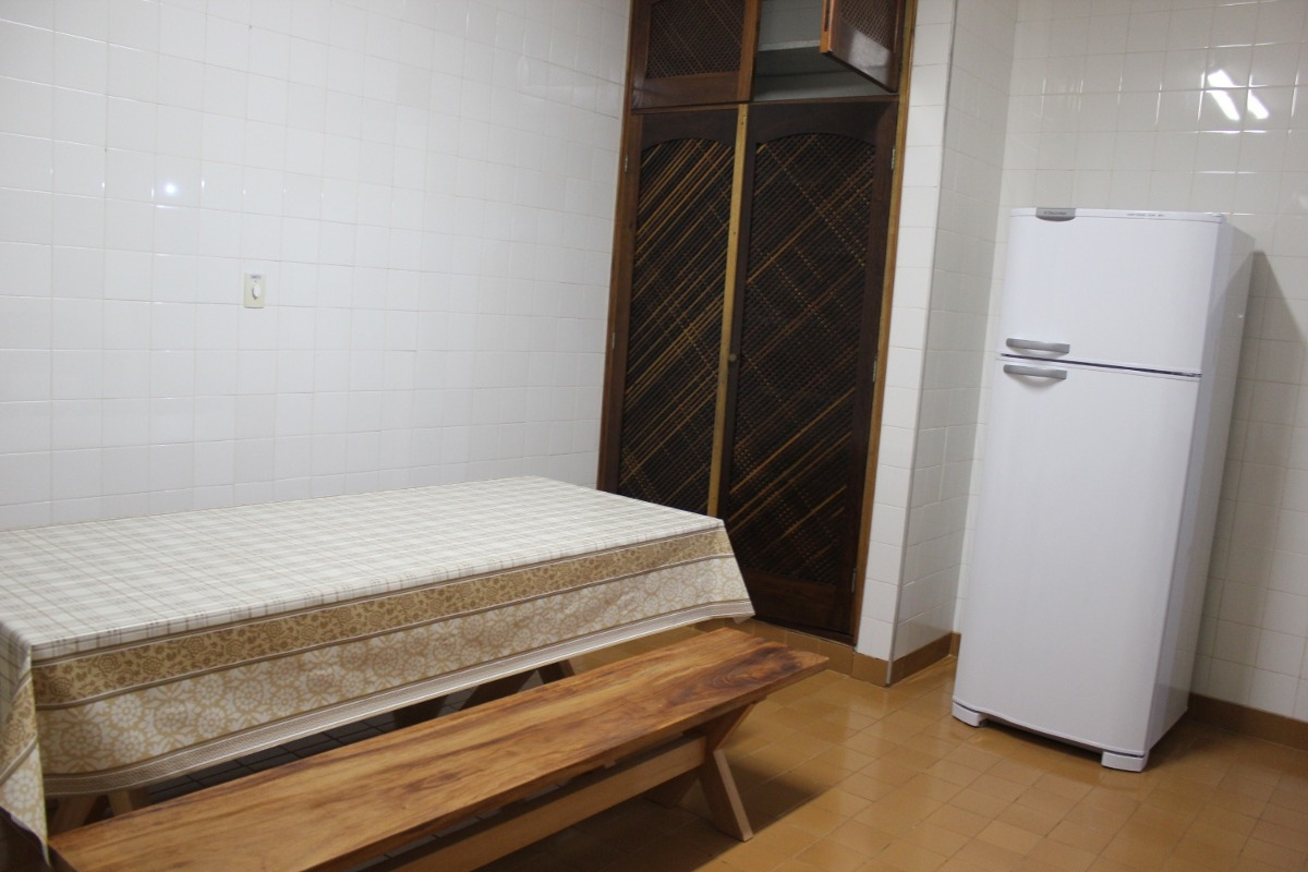 casa praia grande ubatuba-sp piscina 20 pessoas