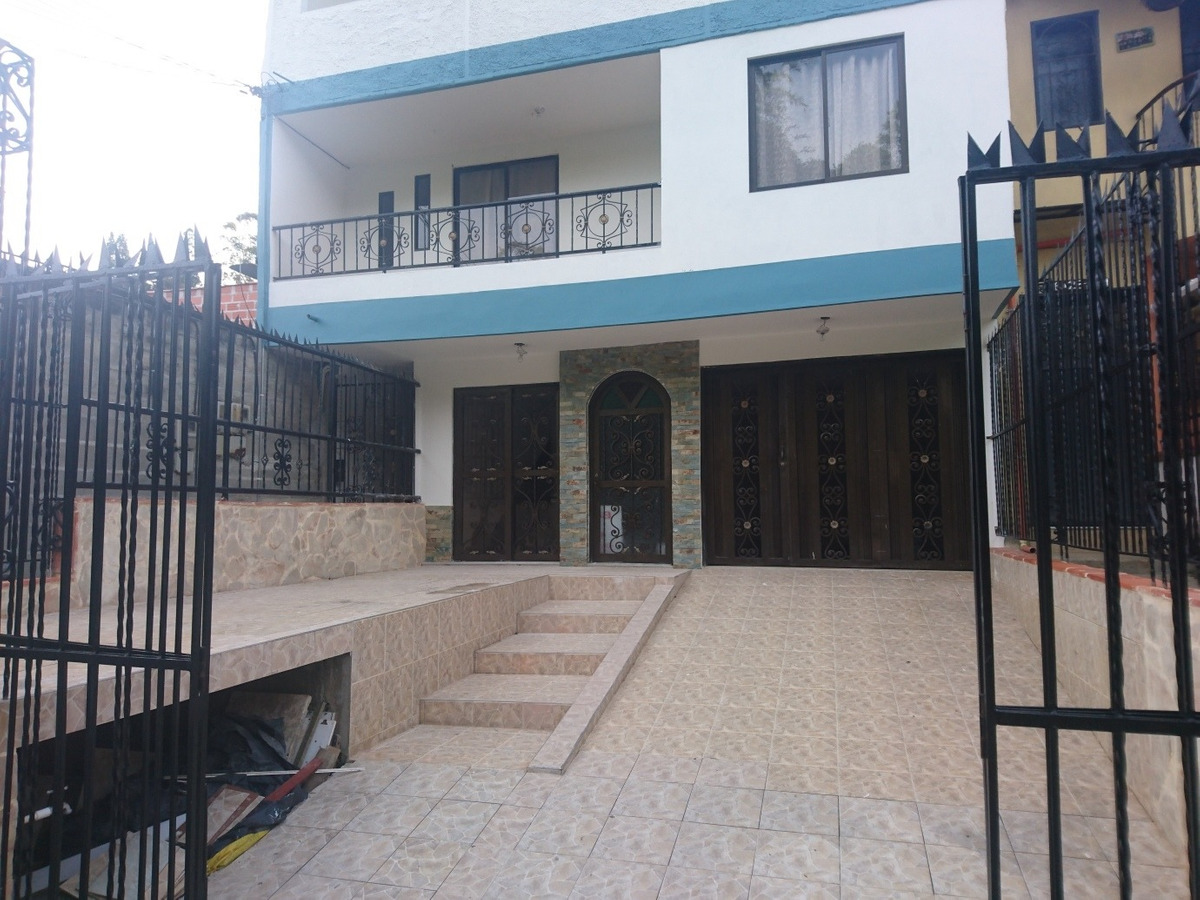 casa primer piso zona urbana  guarne