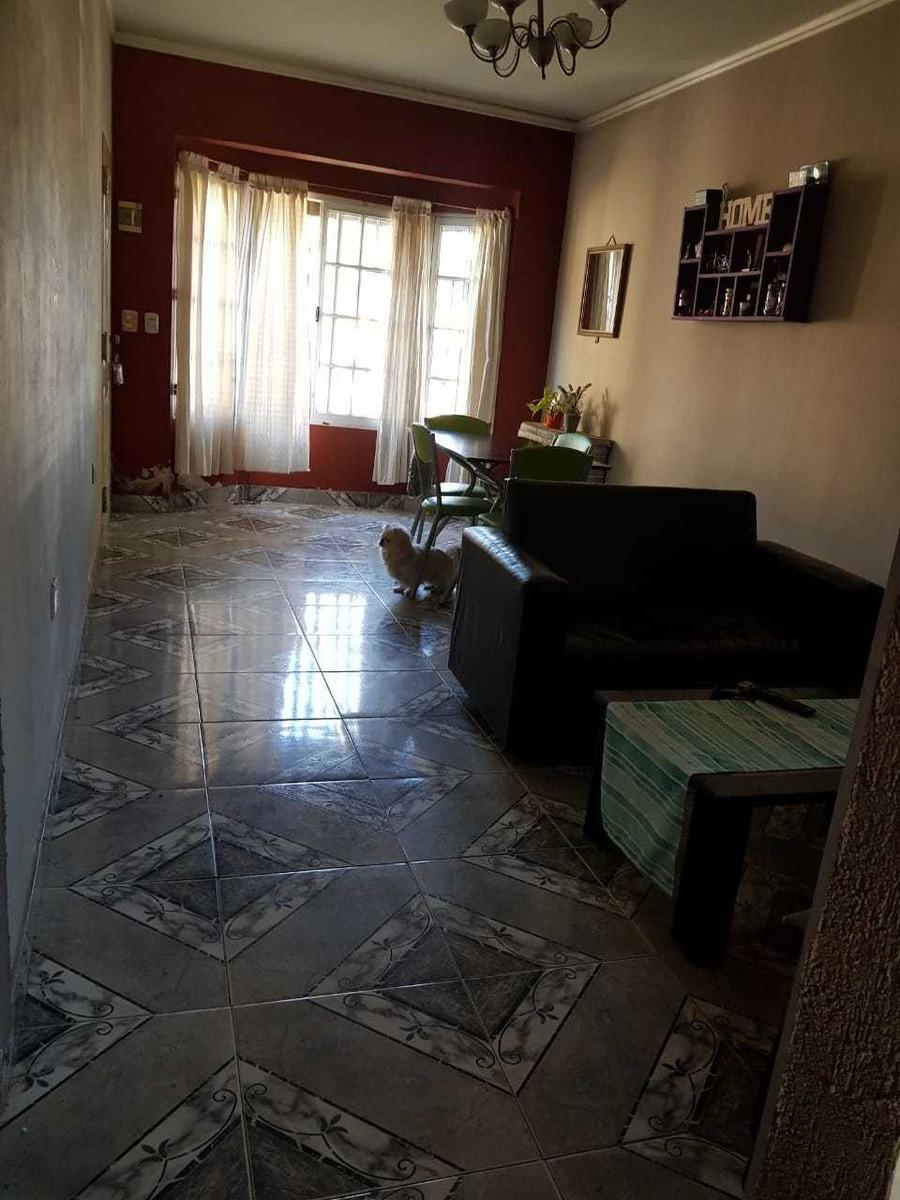 casa principal de 3 amb mas mono ambiente castelar of 1570j