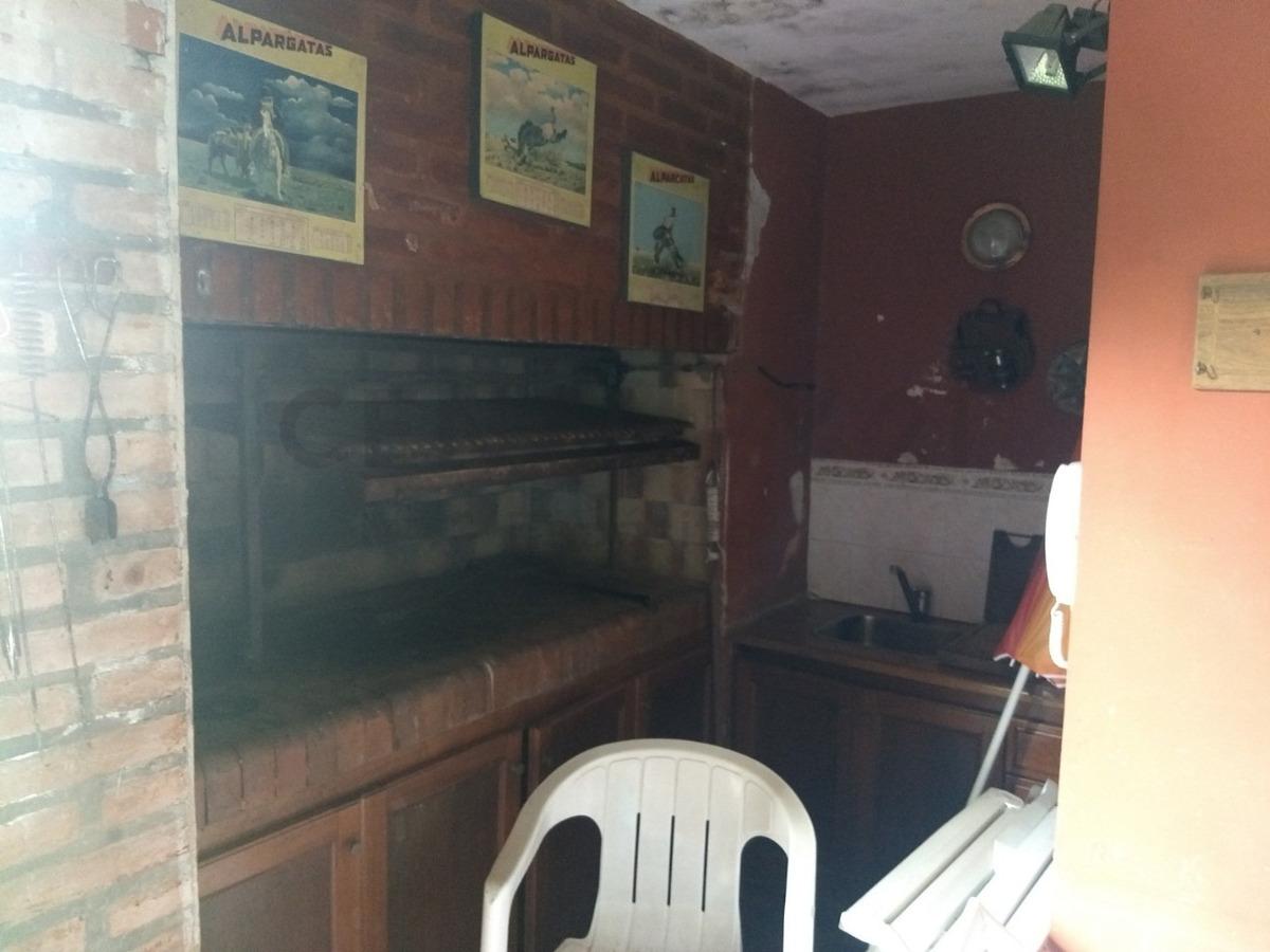 casa quincho con pileta