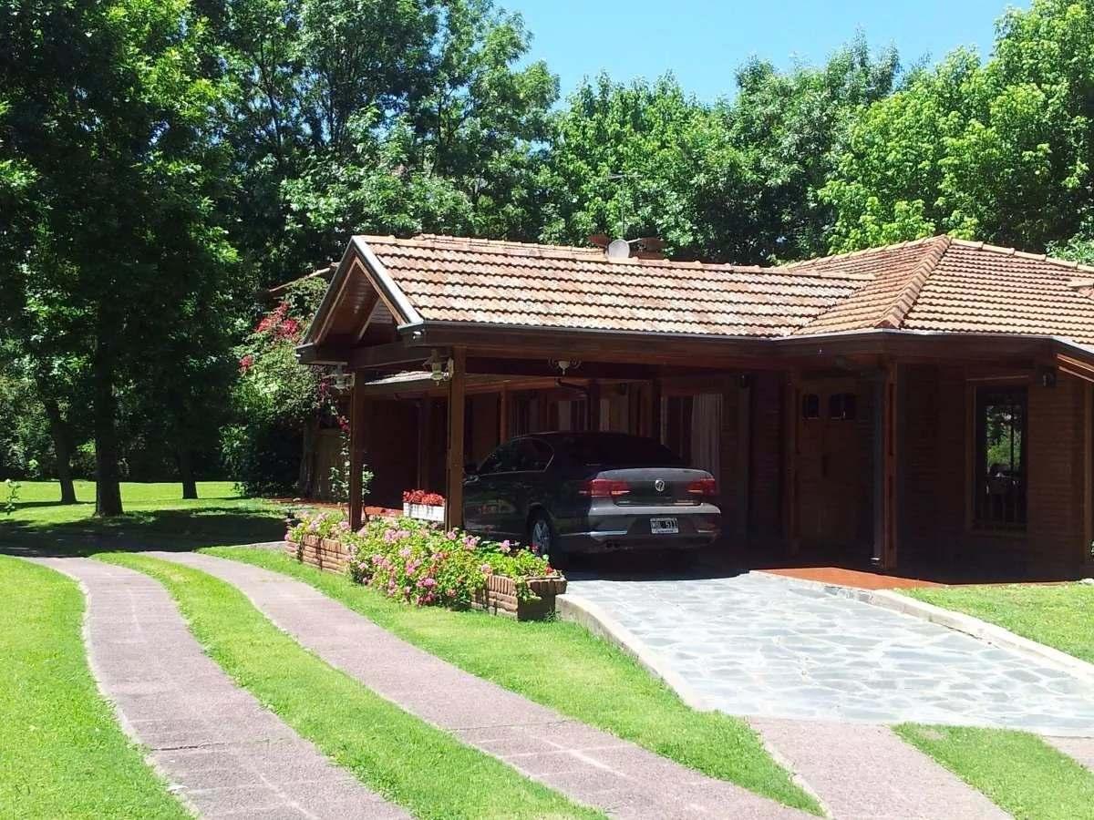 casa quinta 5 ambientes en venta en florencio varela