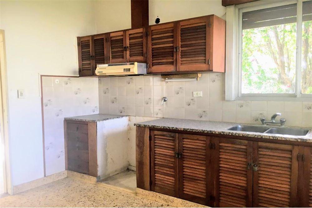 casa quinta 7 ambientes parque 1400 m2   céntrico