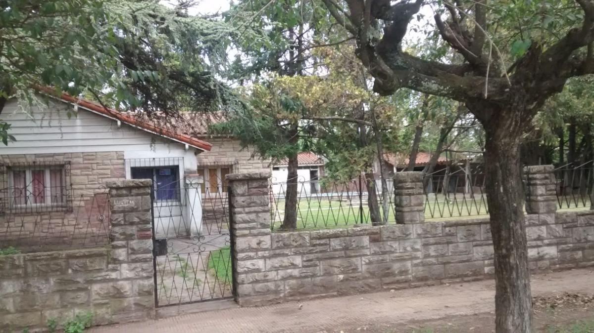 casa quinta a la venta sobre colectora de la ruta 5