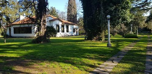 casa quinta con casa antigua en excelente estado