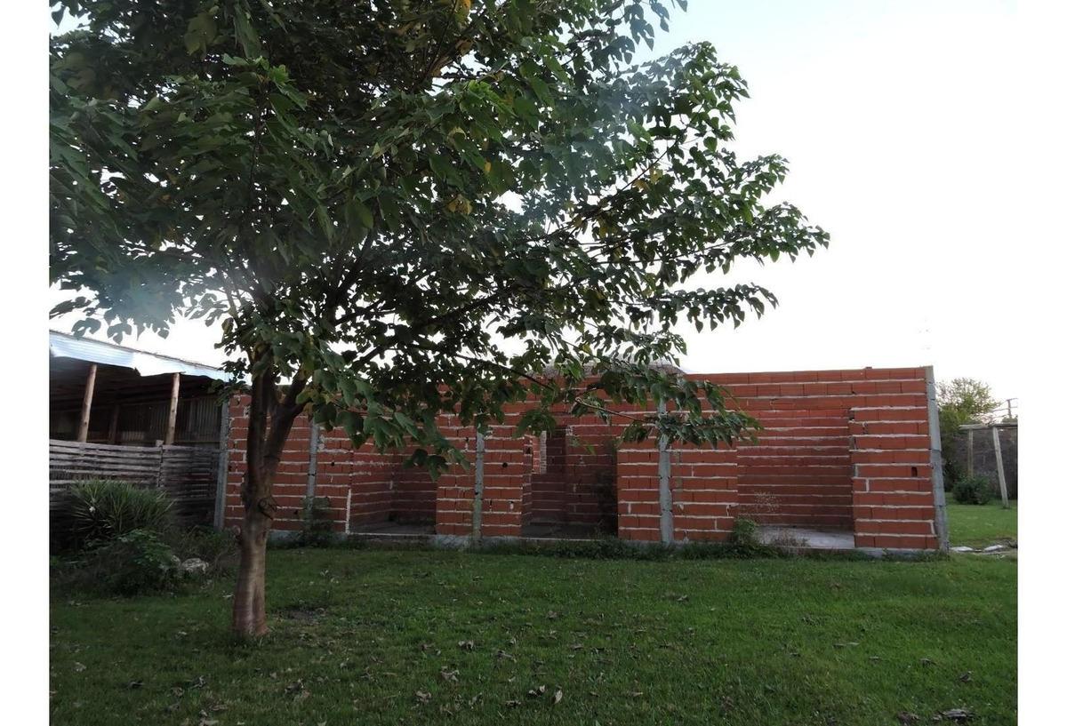 casa quinta con gran terreno en pueblo belgrano