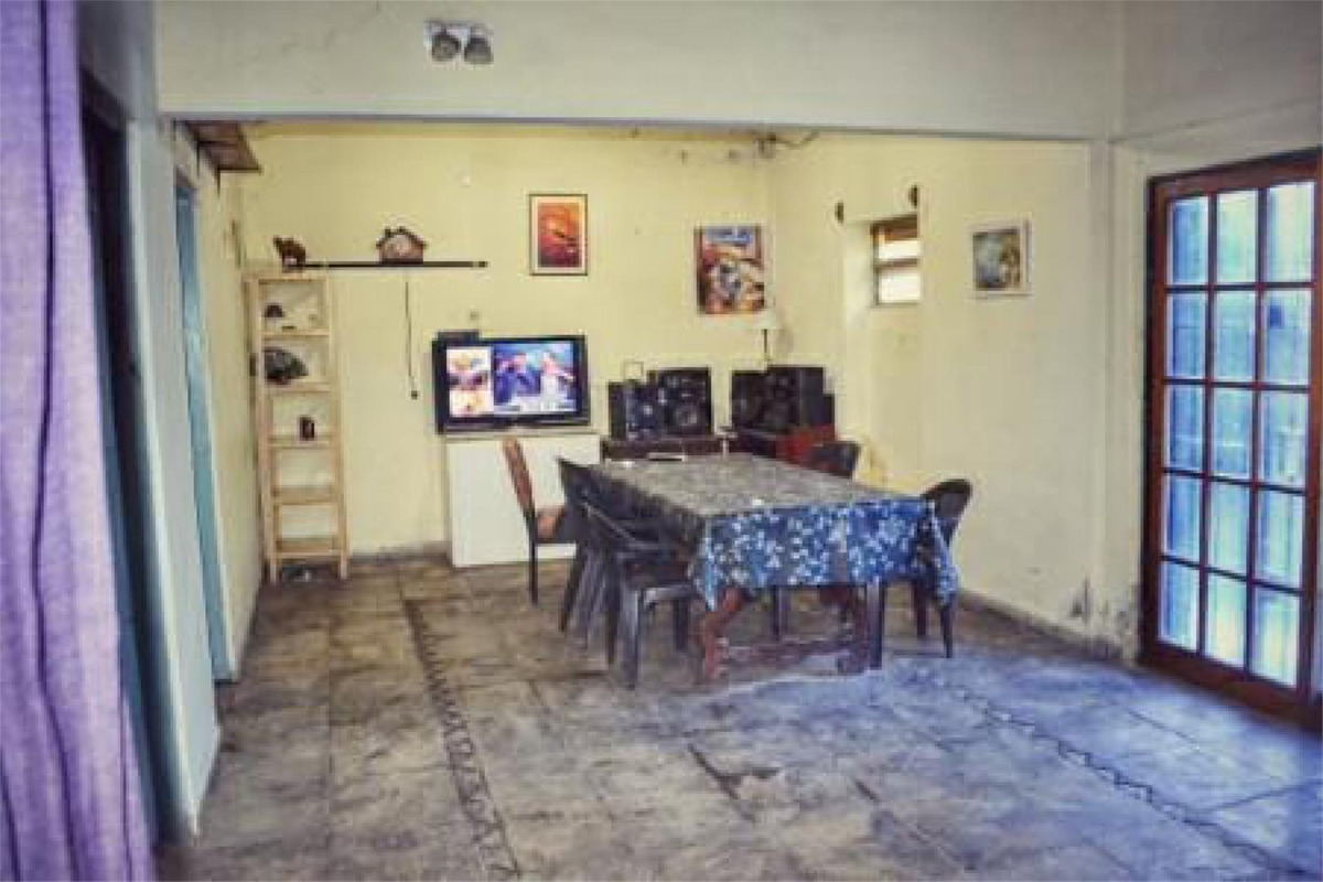 casa quinta con pileta a 4 cuadras de acceso oeste