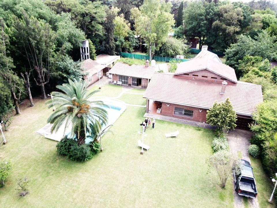 casa quinta de 2000m2 en parque leloir