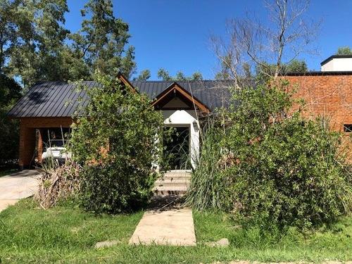 casa quinta en barrio los bosquecitos