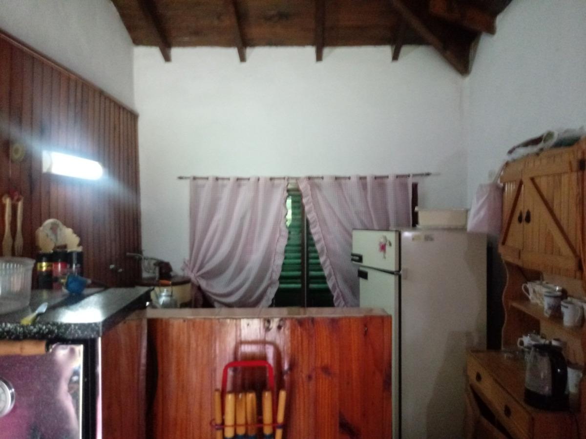 casa quinta en francisco alvarez. a una cuadra de asfalto