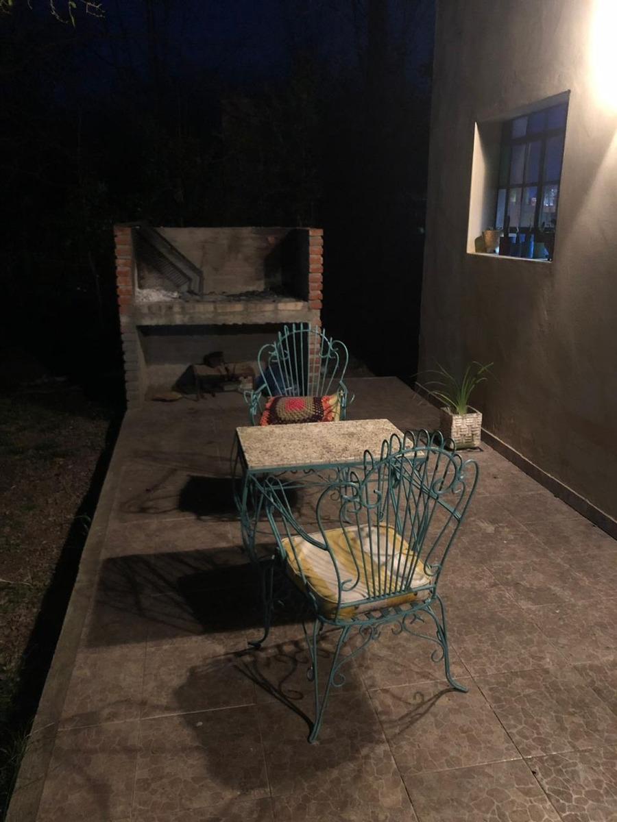 casa quinta en laguna de lobos - barrio la araucaria