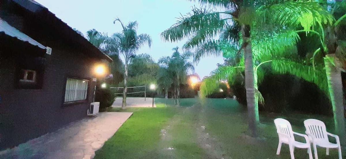 casa quinta en loma verde; calle los aromos 470