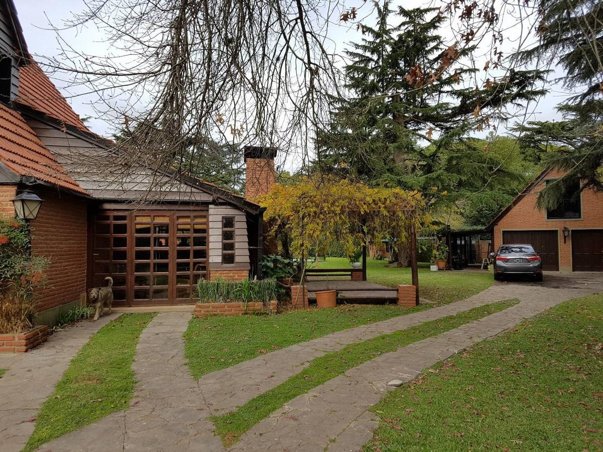 casa quinta en marcos paz