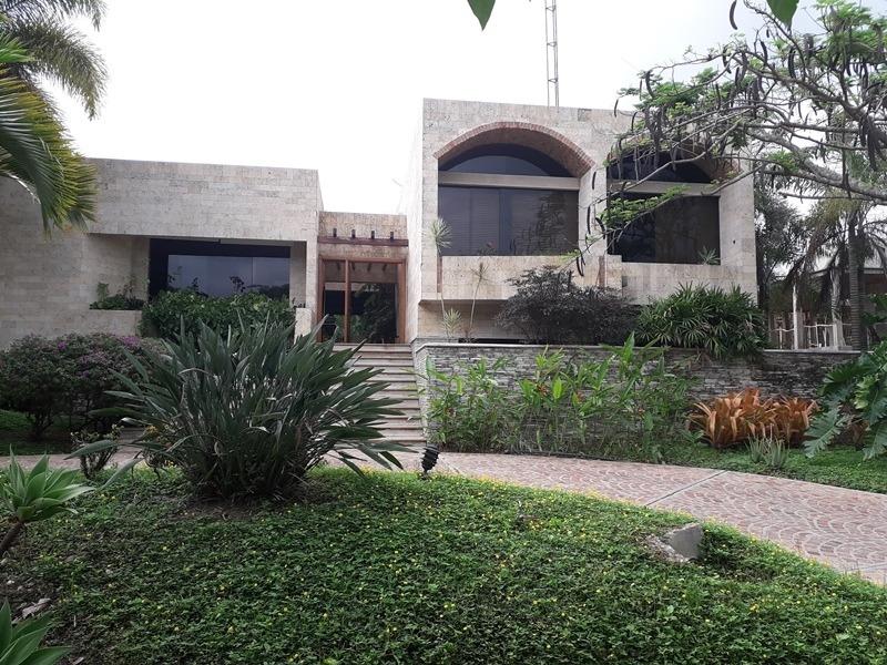 casa-quinta en urb. hato royal, guataparo. cod: foc-583