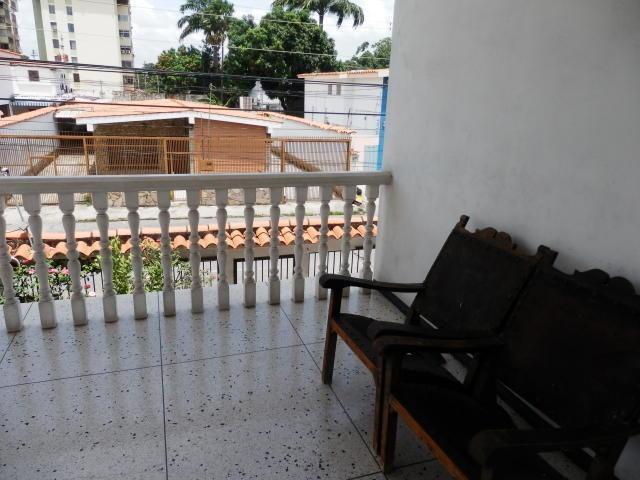 casa quinta en venta en este de barquisimeto #20-3404