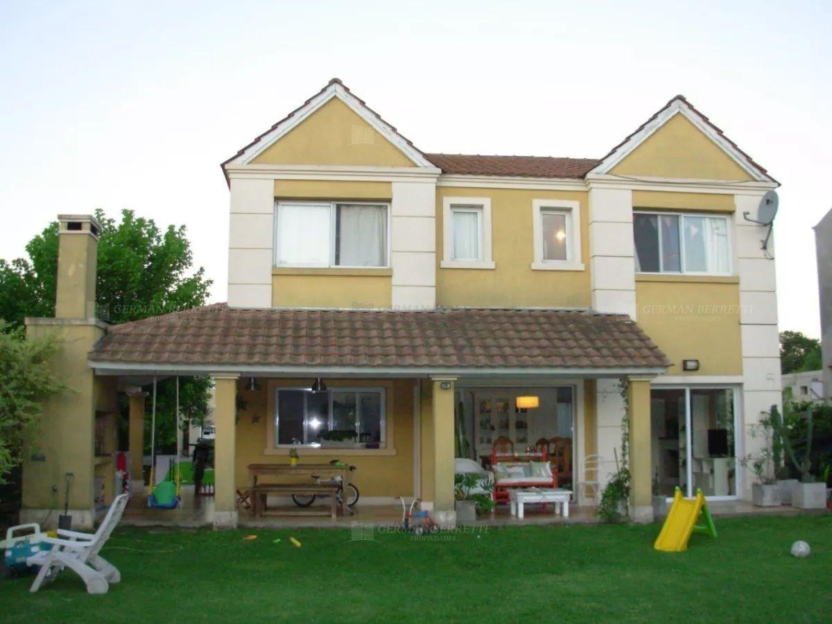 casa quinta  en venta ubicado en ituzaingó, zona oeste