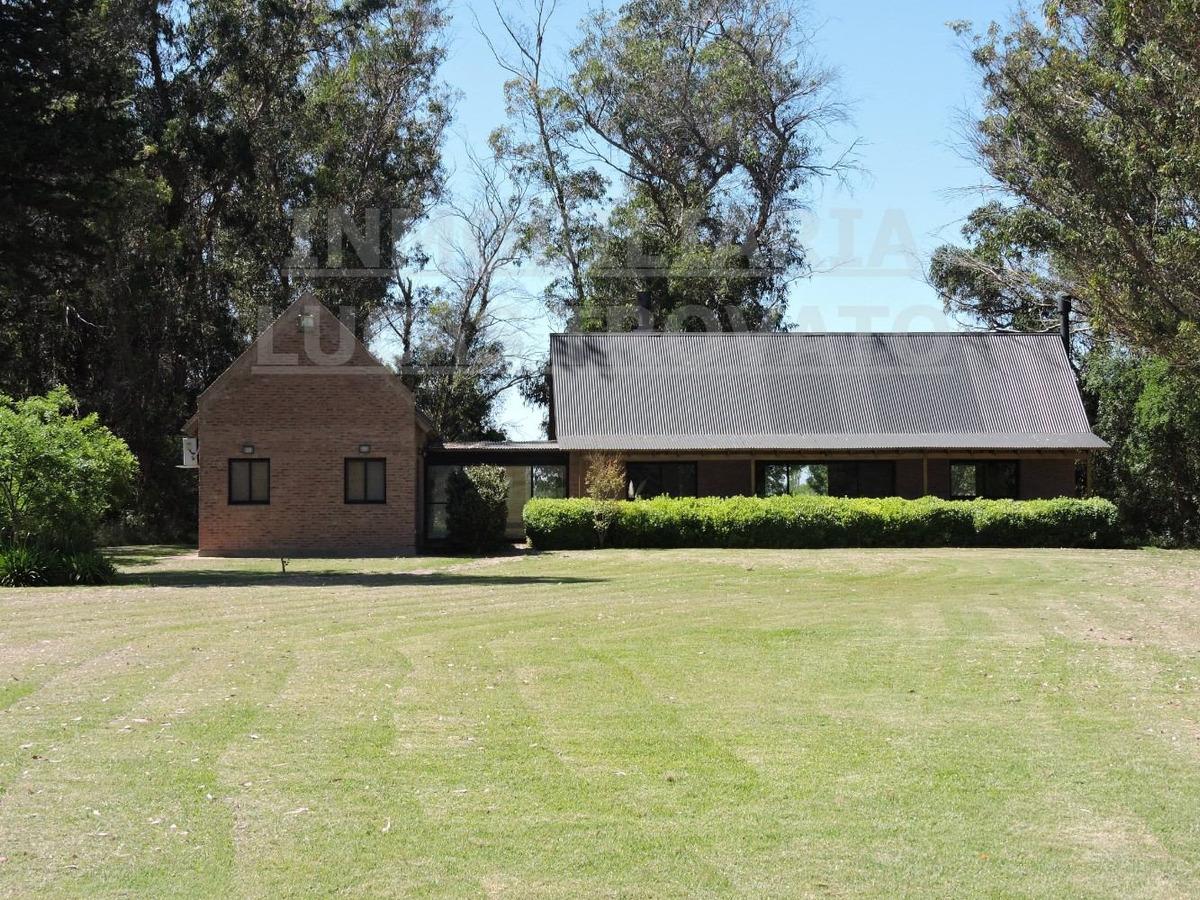 casa quinta en veronica, 27 hectareas, chacra.