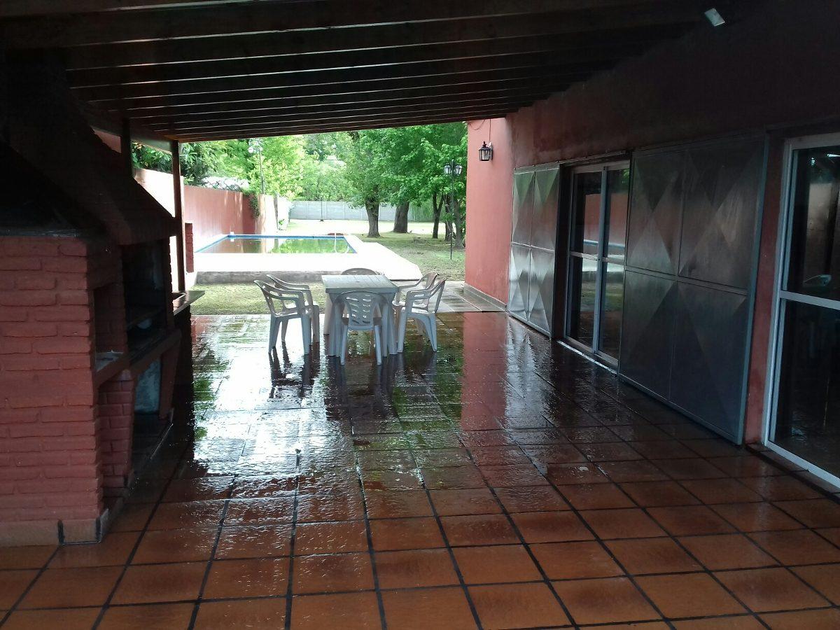 casa quinta en villa elisa temporada 2020