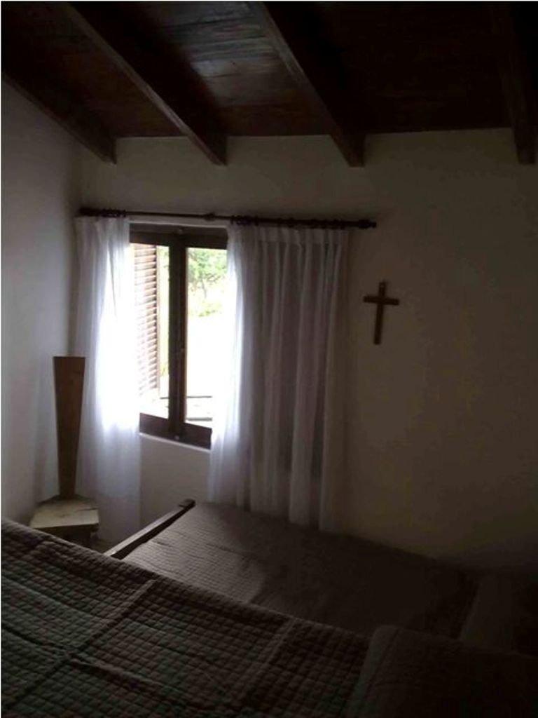 casa quinta ideal!!! de 3 dormitorios - hermosa vista al del lago - barrio privado lago azul.