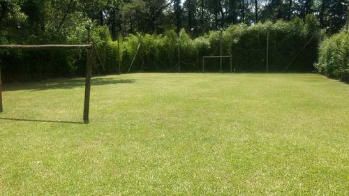 casa quinta: los tres soles con pileta y cancha de futbol en