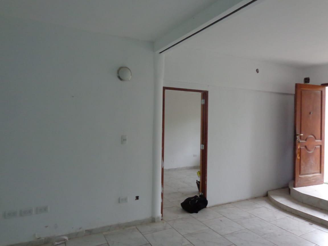casa re modelada a nuevo, excelente diseño, liquido, permuto