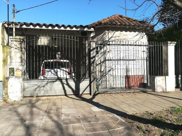 casa reciclada con quincho y pileta - ituzaingó centro