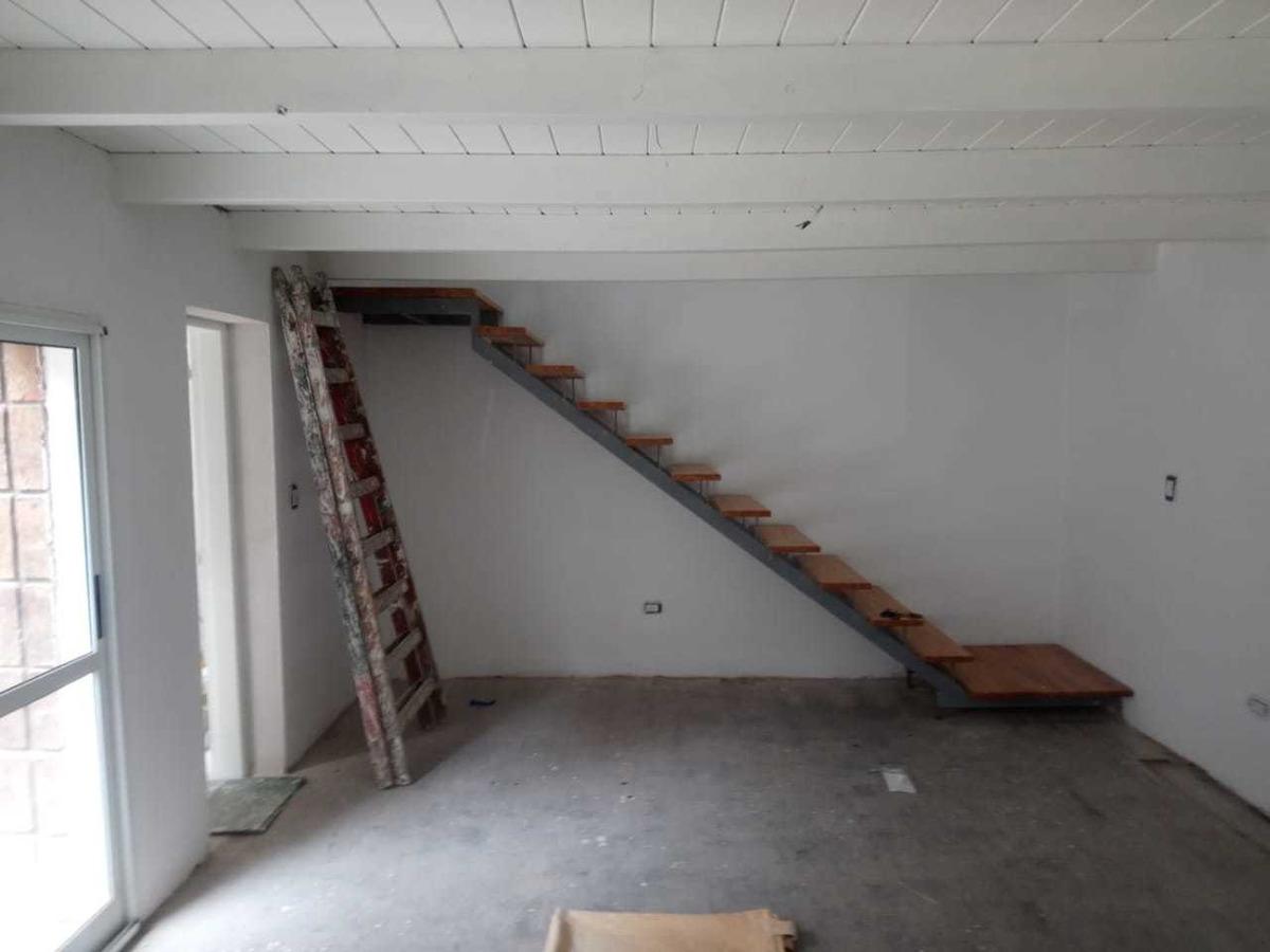 casa reciclada de 2 dormitorios interna