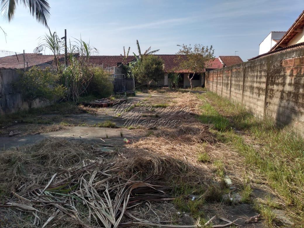 casa ref: 607 amplo quintal -800m mar - mongaguá