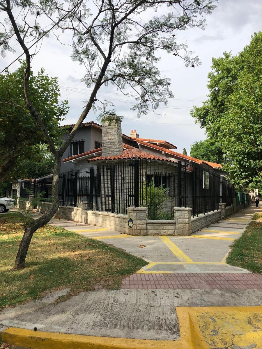 casa remodelada en barrio ingles